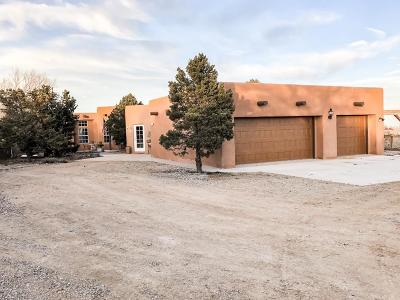 Tijeras, Cedar Crest, Sandia Park, Edgewood, Moriarty, Stanley Single Family Home For Sale: 4 Camino Allegre