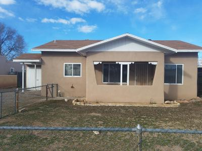 Albuquerque Single Family Home For Sale: 811 Delamar Avenue NW