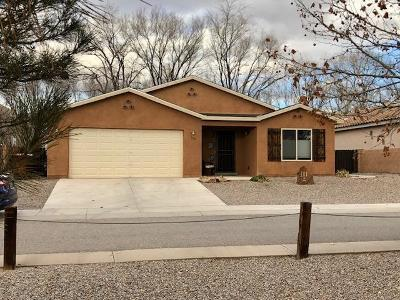 Bernalillo Single Family Home For Sale: 308 Calle Evangeline