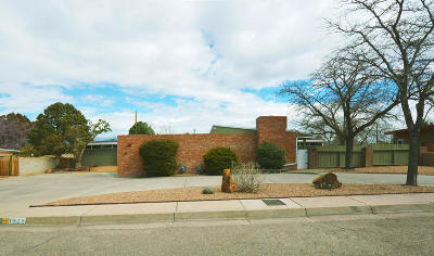 Single Family Home For Sale: 1428 Stanford Drive NE
