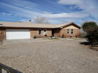 Valencia County Single Family Home For Sale: 5 Shady Lane