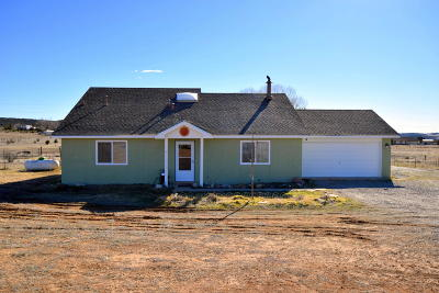 Tijeras, Cedar Crest, Sandia Park, Edgewood, Moriarty, Stanley Single Family Home For Sale: 9 Kevin Drive