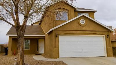 Albuquerque Single Family Home For Sale: 8815 Tunnabora Avenue
