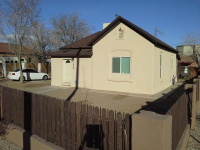 Albuquerque Multi Family Home For Sale: 1020 William Street SE
