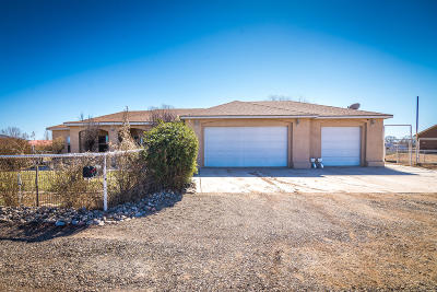 Los Lunas Single Family Home For Sale: 14 Nube Bella Court