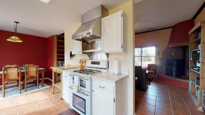 Santa Fe County Single Family Home For Sale: 9 Scrivner Road