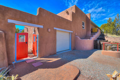 Placitas Single Family Home For Sale: 10 Perdiz Canyon Road