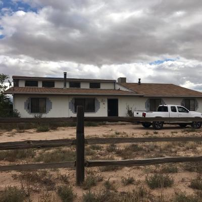 Valencia County Single Family Home For Sale: 10 Warner Road