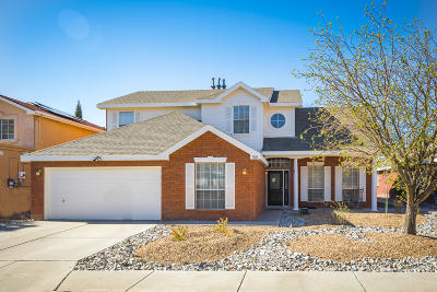 Bernalillo County Single Family Home For Sale: 7608 Richmond Hill Road NW