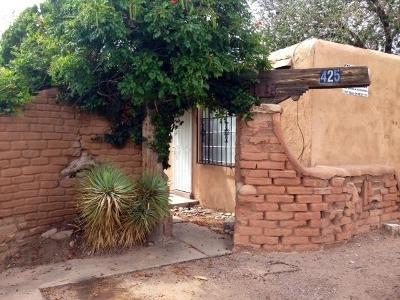 Albuquerque Multi Family Home For Sale: 425 Mesilla Street SE