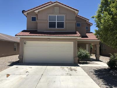 Albuquerque Single Family Home For Sale: 932 Telstar Loop NW