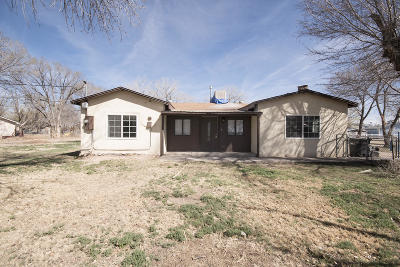 Valencia County Single Family Home For Sale: 41 Tavalopa Drive