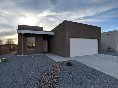 Bernalillo County Single Family Home For Sale: 779 Jaconita Place SW