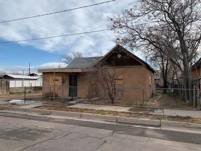 Albuquerque Single Family Home Active Under Contract - Bank O: 820 John Street SE