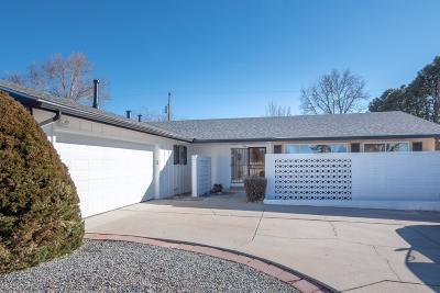 Single Family Home For Sale: 7504 Bellrose Avenue NE