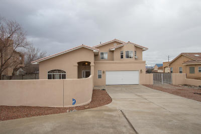 Rio Rancho Single Family Home For Sale: 712 Chihuahua Road NE