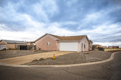 Valencia County Single Family Home For Sale: 1 Alamosa Loop