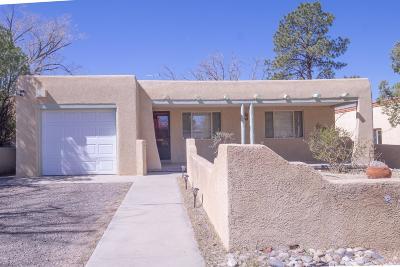 Bernalillo County Single Family Home For Sale: 503 Hermosa Drive SE