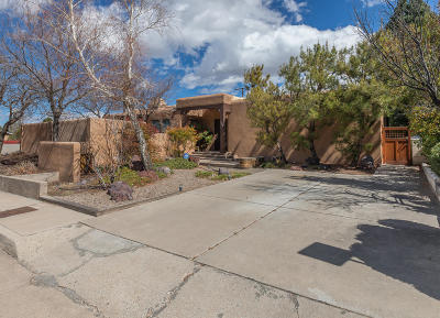 Albuquerque Single Family Home For Sale: 1608 Princeton Drive NE