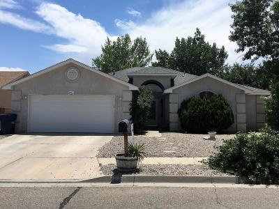 Valencia County Single Family Home For Sale: 2231 Lonestar Street SW