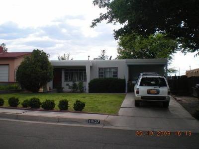 Albuquerque Single Family Home For Sale: 1637 Columbia Drive SE