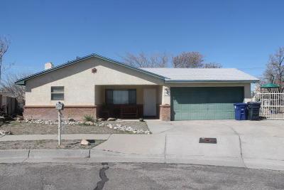 Albuquerque Single Family Home For Sale: 1509 Atrisco Drive NW