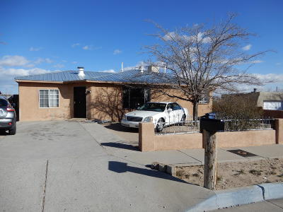 Albuquerque Single Family Home For Sale: 1220 86th Street SW