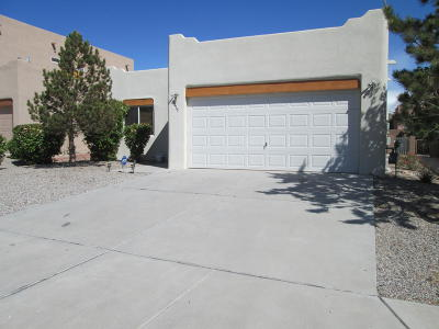 Albuquerque Single Family Home For Sale: 8415 Blush Road NW
