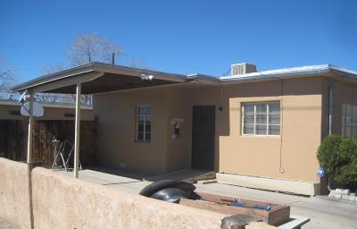 Albuquerque Single Family Home For Sale: 2615 Quincy Street NE