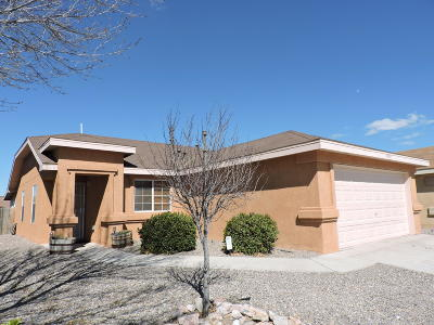 Albuquerque Single Family Home For Sale: 8105 Scottish Broom Road SW