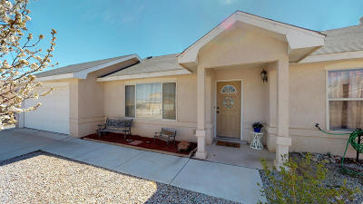 Valencia County Single Family Home For Sale: 1501 Redondo Court SW