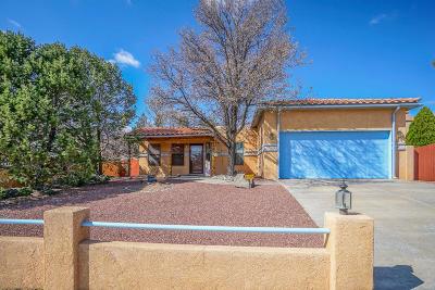 Albuquerque Single Family Home For Sale: 8117 Fairmont Avenue NW