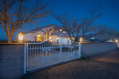 Rio Rancho Single Family Home For Sale: 5641 Cody Road