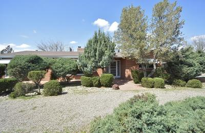 Albuquerque Single Family Home For Sale: 6421 Locust Street NE