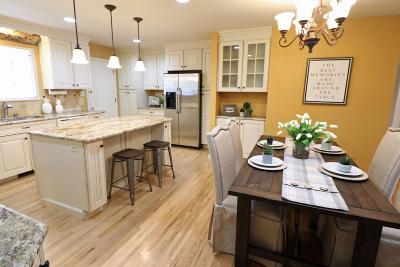 Albuquerque Single Family Home For Sale: 1017 Glorieta Street NE