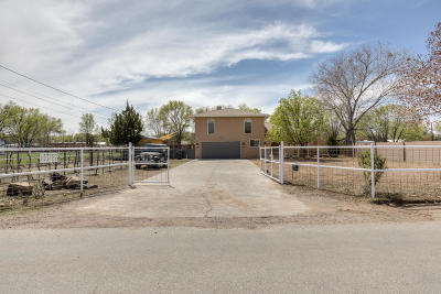 Albuquerque Single Family Home For Sale: 10112 Guadalupe Trail NW