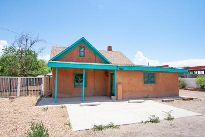 Albuquerque Multi Family Home For Sale: 9228 4th Street NW
