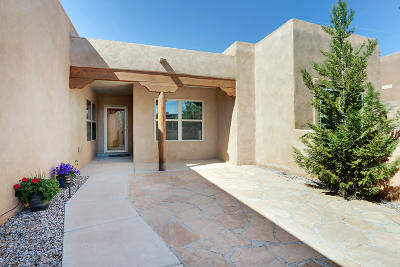 Rio Rancho Single Family Home For Sale: 1329 Wilkes Way SE