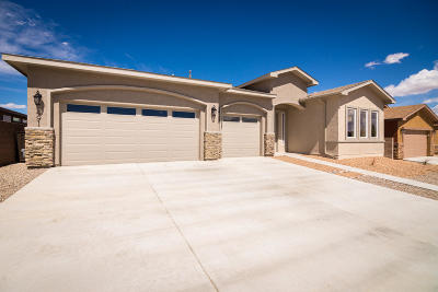 Valencia County Single Family Home For Sale: 491 Zuni River Circle SW