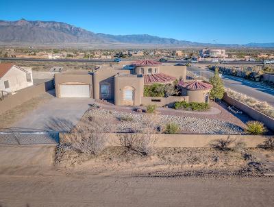 Rio Rancho Single Family Home For Sale: 800 Monterrey Road NE