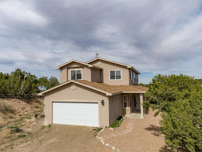 Tijeras, Cedar Crest, Sandia Park, Edgewood, Moriarty, Stanley Single Family Home For Sale: 26 Blue Mule Drive