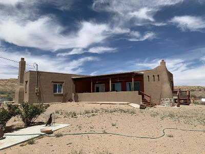 Valencia County Single Family Home For Sale: 11 Cumbre