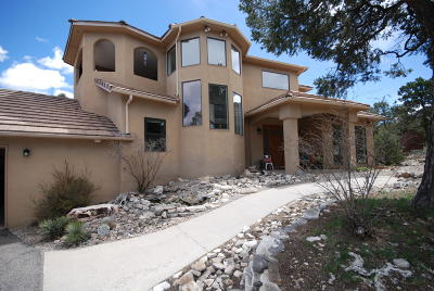 Single Family Home For Sale: 26 Paseo De Paz