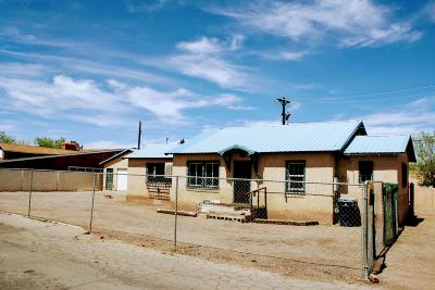 Albuquerque Single Family Home For Sale: 3711 12th Street NW