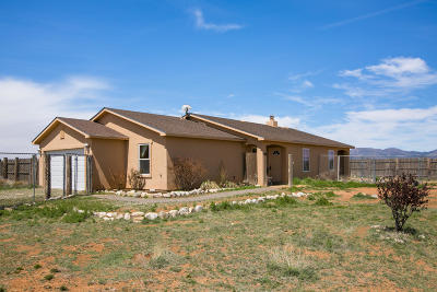 Santa Fe County Single Family Home For Sale: 6 Huston Road