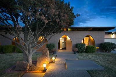 Single Family Home For Sale: 8618 La Sala Del Centro NE