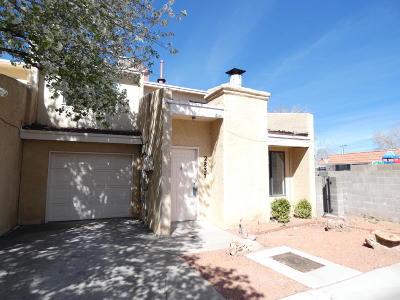 Albuquerque Attached For Sale: 2837 Sabina Drive NE