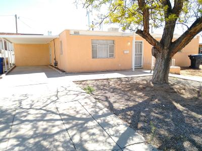 Albuquerque Single Family Home For Sale: 5114 Cherokee Road NE