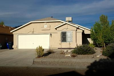 Albuquerque NM Single Family Home For Sale: $196,000