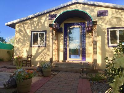Socorro County Single Family Home For Sale: 704 Elm Street